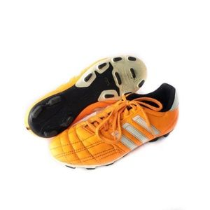 ✨3/$25✨Adidas Soccer Cleats - Kids 5